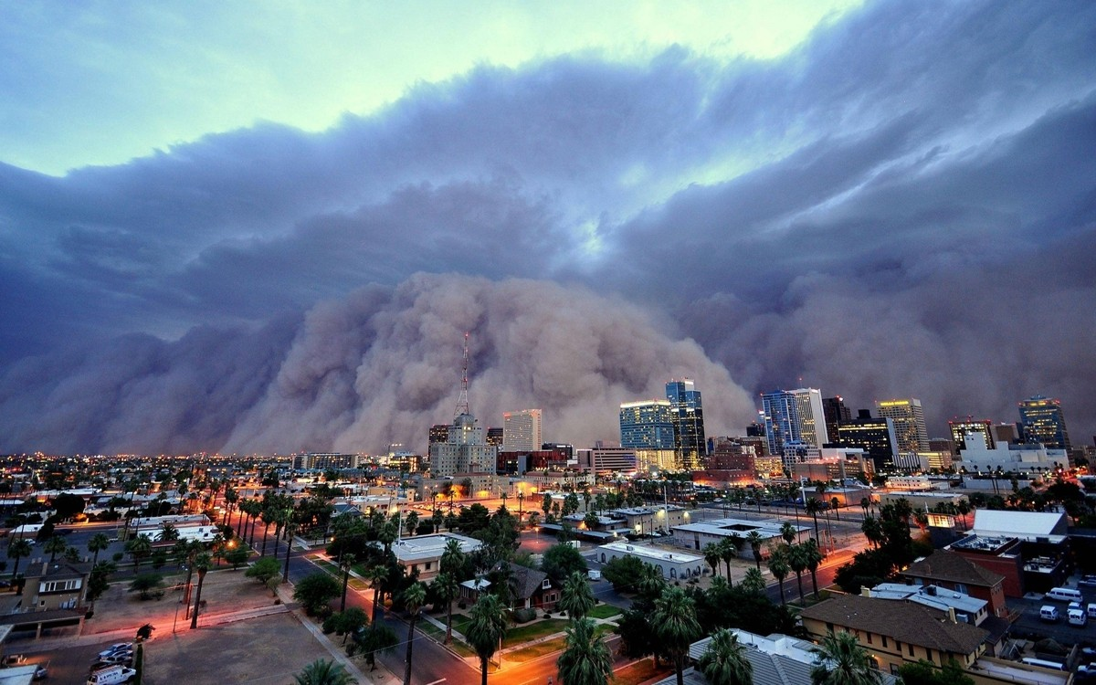 Haboob in Arizona. Photo credit zooey/flickr