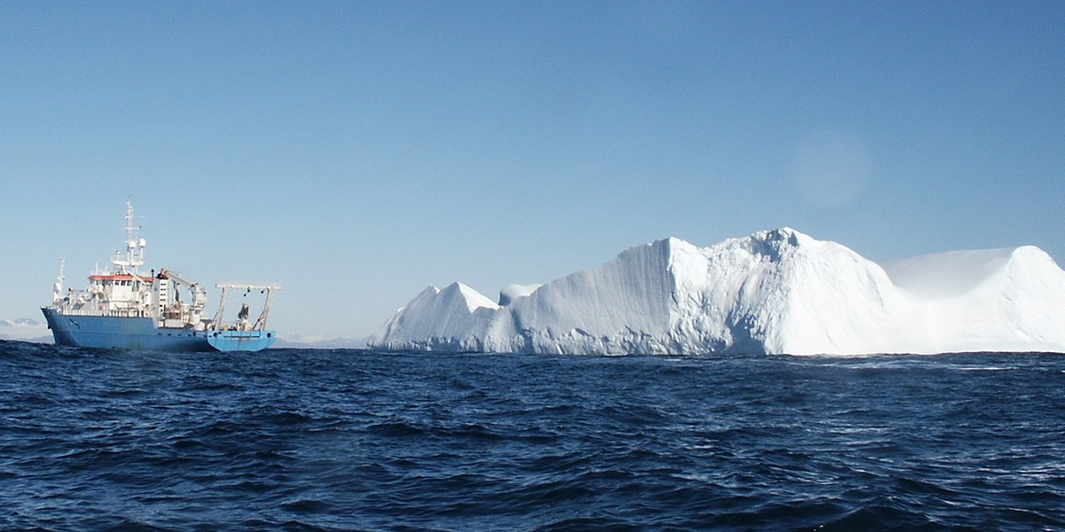 RV Pelagia meets an iceberg