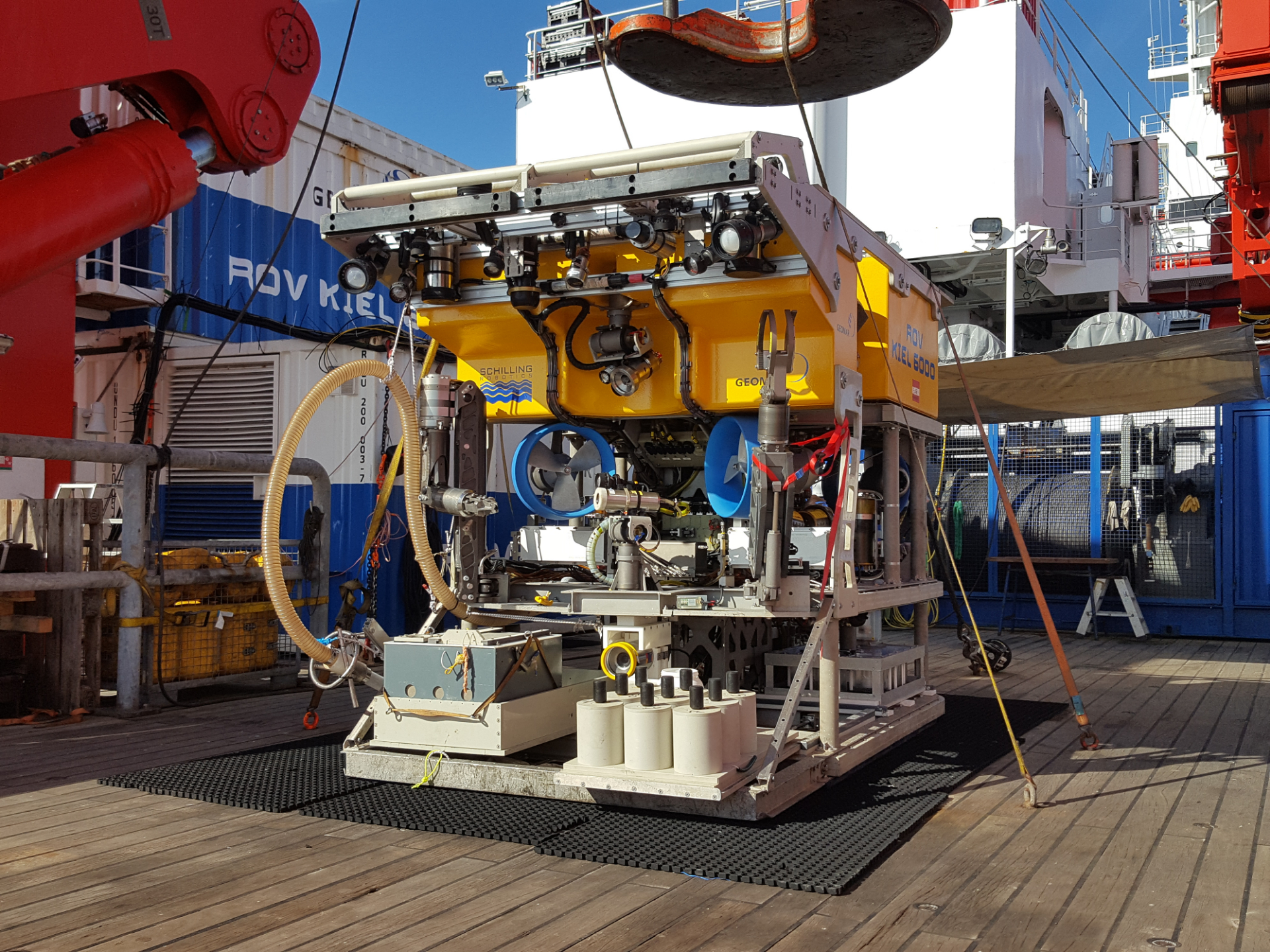 The remotely operated vehicle ROV Kiel 6000 of GEOMAR, workhorse of the MiningImpact2 expedition. It was used among others for deploying and recovering NIOZ sensor platforms and artificial nodule frames. Photo: Henko de Stigter